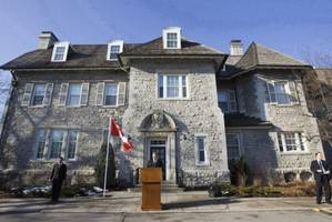 Paramedics respond to 'medical call' at Stephen Harper's house